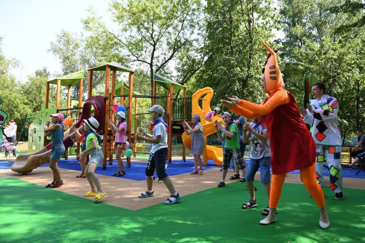 Губернаторскую детскую площадку открыли в микрорайоне Дмитрова1